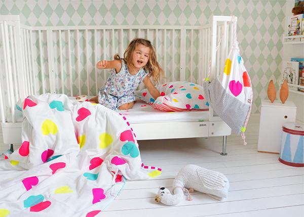 Bramwell Bed Girl