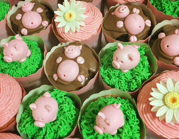 cake-angels-pig-cupcakes