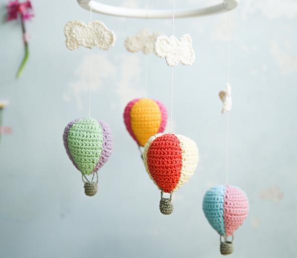 kalinka-balloon-mobile