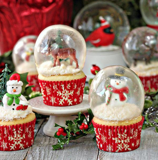 snow-globe-cupcakes-2