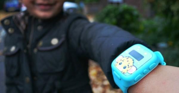 Moochies-smartwatch-kids