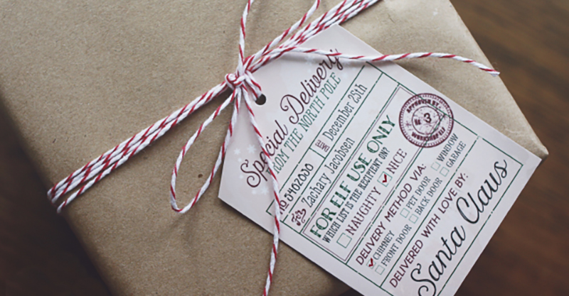 Free printable gift tags and Santa tags so Christmas is all wrapped up