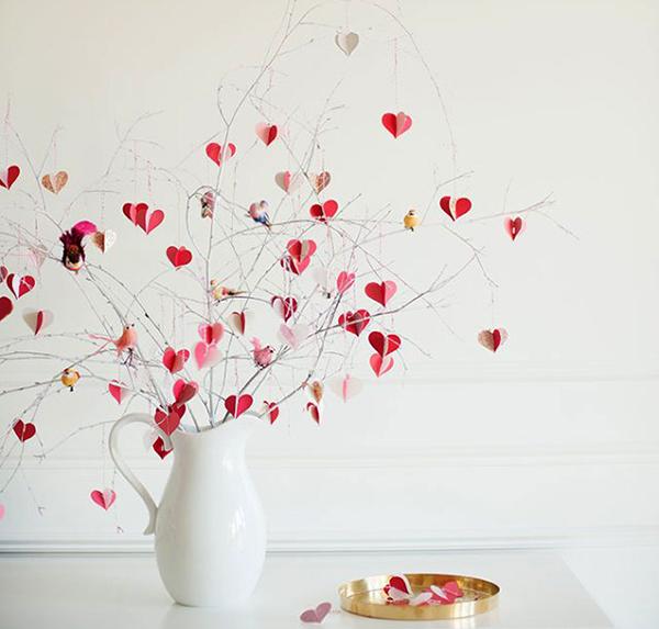 DIY-VALENTINE-branch-tree