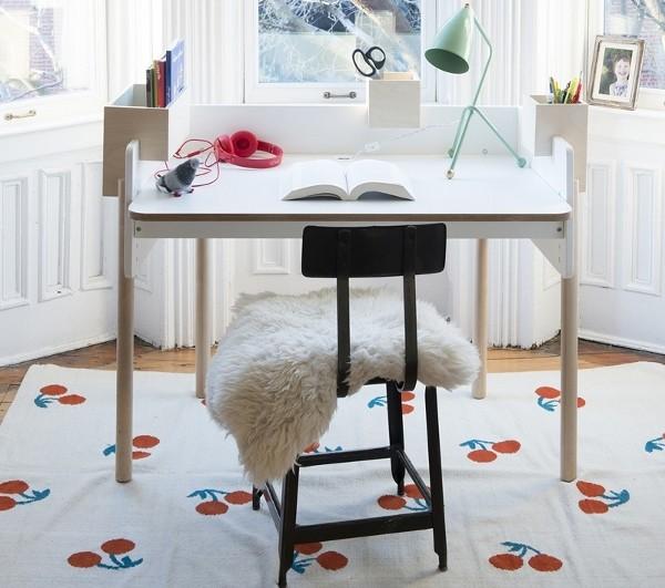 Oeuf-Brooklyn-Desk