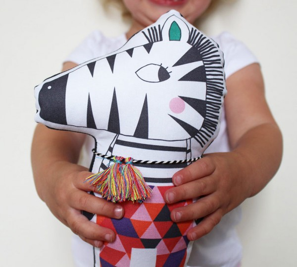 ETSY-Animal-nursery-Julia-zebra