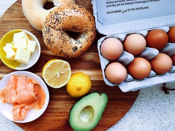 Lets-cook-hollandaise-ingredients
