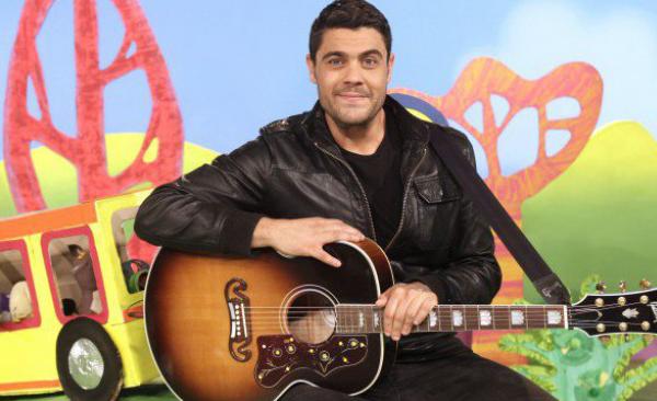 Dan Sultan on Play School
