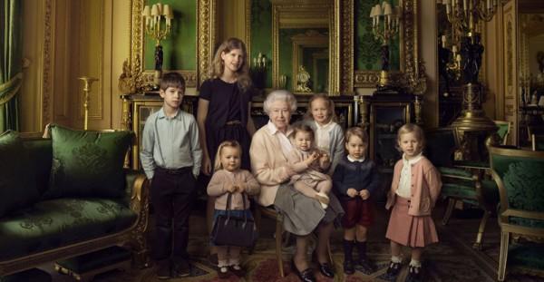 queen family shot 1