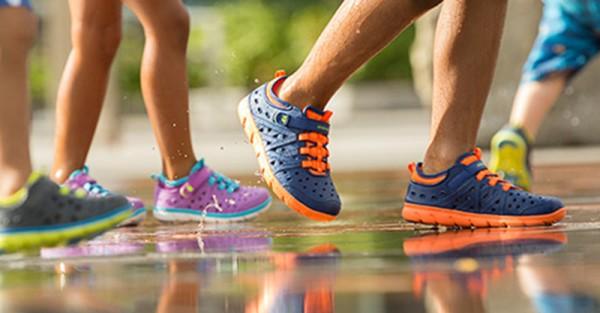 stride rite phibian shoe