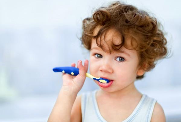 toddler brushing teeth sl