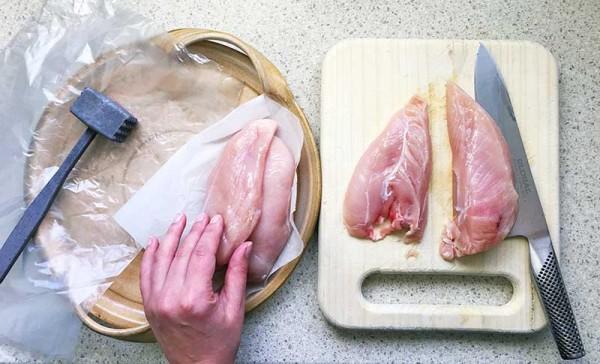 Lets-Cook-chicken-parmi-method-1