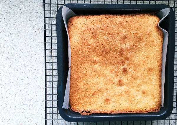 Lets-Cook-lemon-sour-cream-cake-cooked