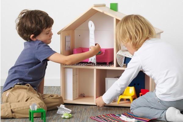 Doll house/shelf