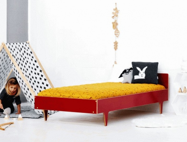 Twigged Red Bed