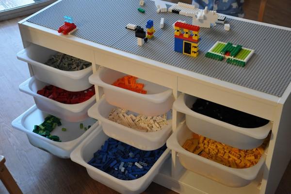 IKEA-lego-table