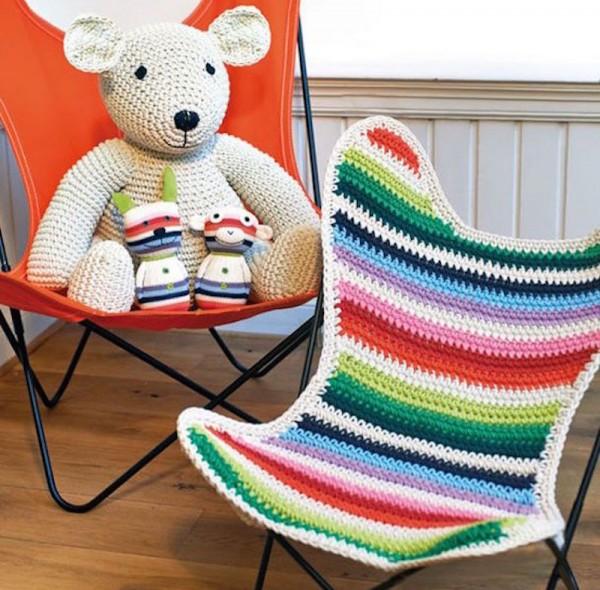 airborne chair with teddies