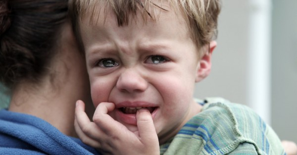 toddler crying sad mum sl fb