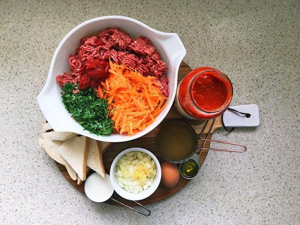 Lets-cook-meatballs-1