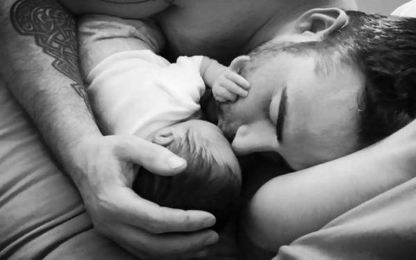 touching reader dad 12