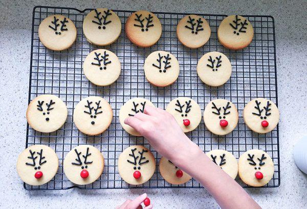 christmas-reindeer-biscuit-recipe-9