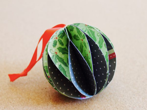 Paper Christmas bauble step 7