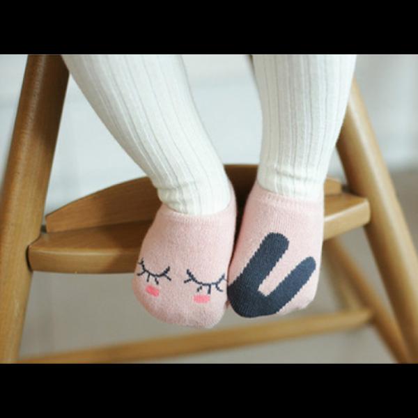 pink-bunny-socks