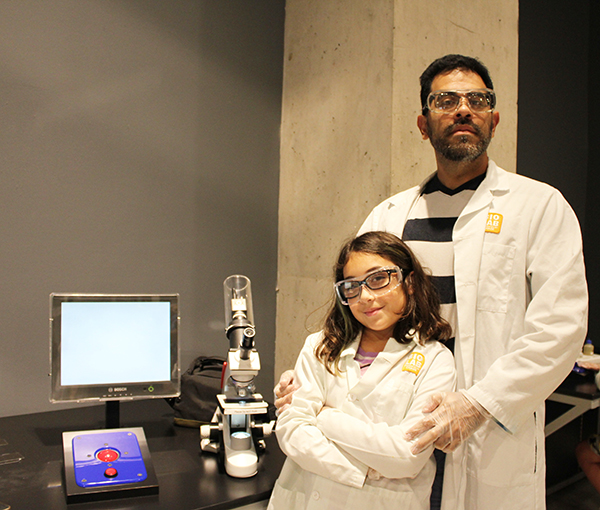 Dad daughter scientists