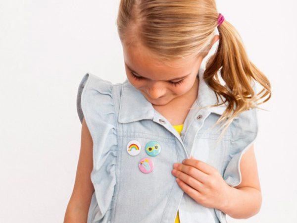girls' badges accessories