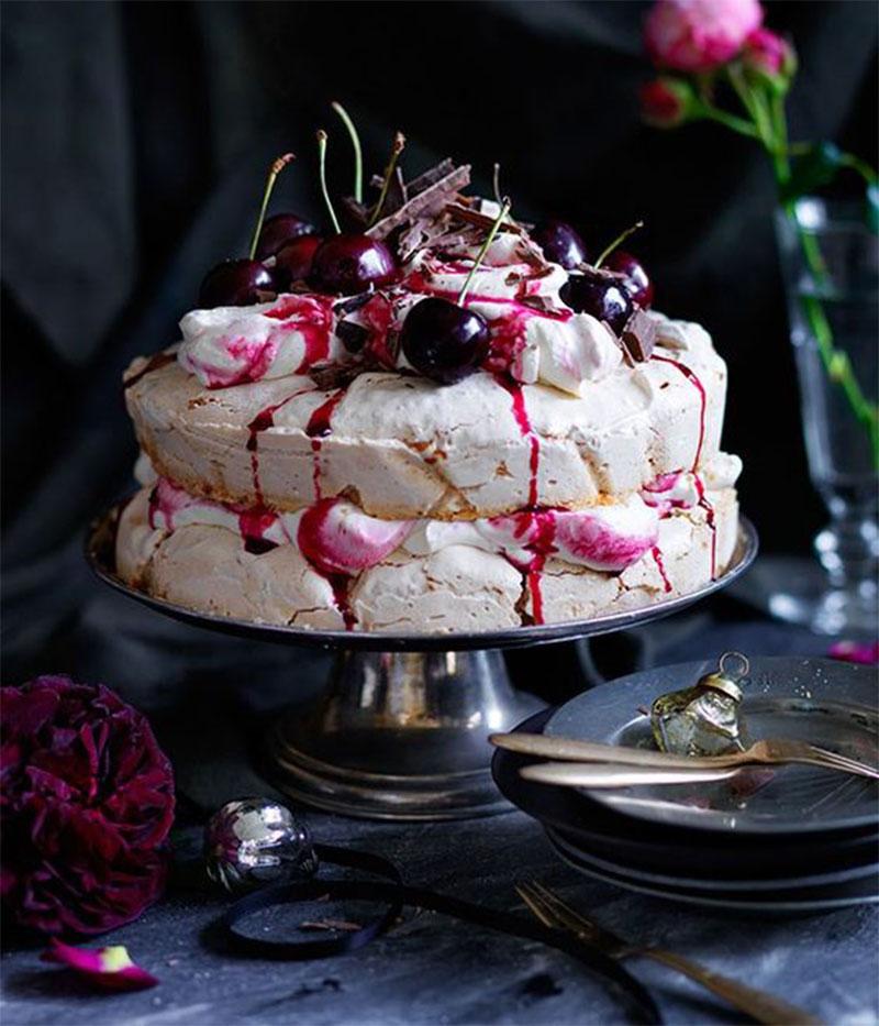 cherry-ripe-pavlova