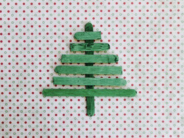 Paddle pop christmas tree step 5