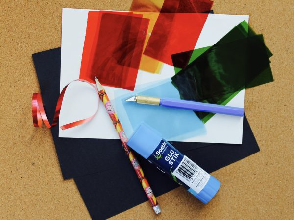Christmas suncatcher materials