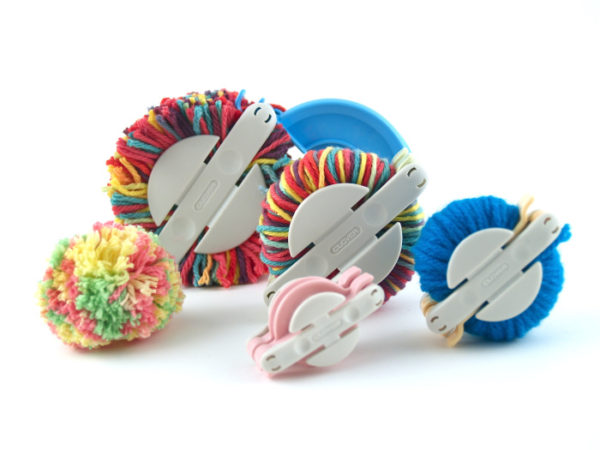 Clover pompom makers