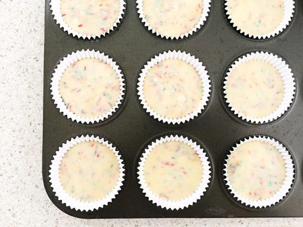 funfetti-cupcake-recipe-5