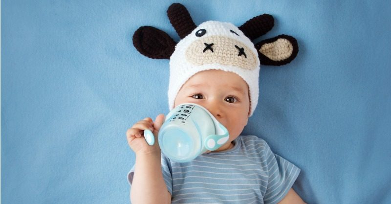 Tips on how to get your breastfed baby to bottle feed