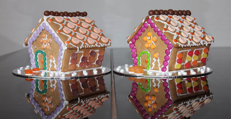 Gingerbread spot the difference