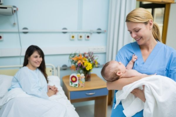 All Hail The Midwife 5 Reasons Why Midwives Really