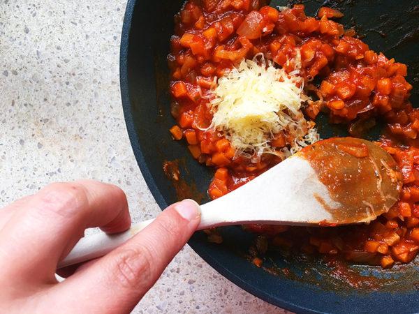 Tomato and cheese pasta recipe step 5