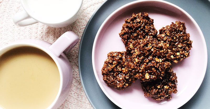 no bake choc oat biscuits recipe hero 1