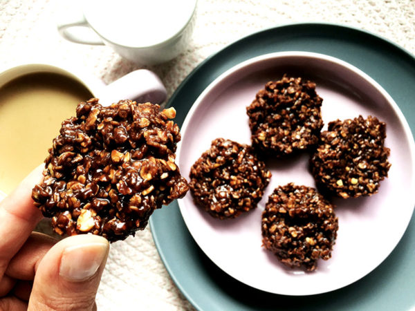no bake choc oat biscuits recipe hero 2