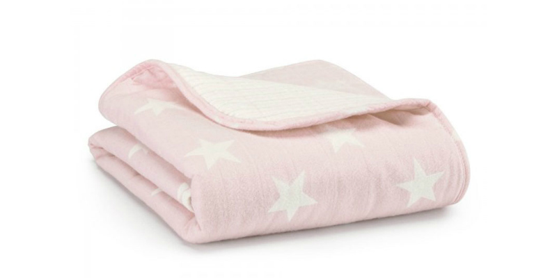 aden + anais cosy grace muslin blanket in pink