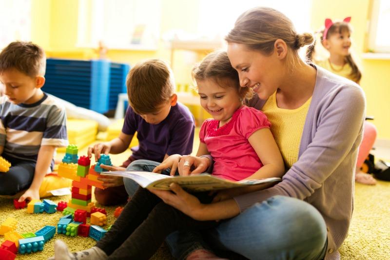 preschool kids teacher