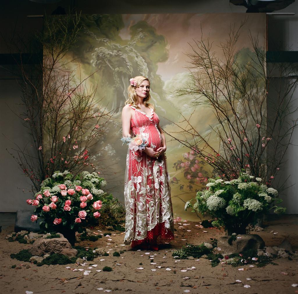 Kirsten Dunst pregnant