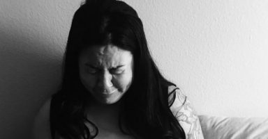 "Mum's raw photo: ""This is me, at the peak of my postpartum depression"""