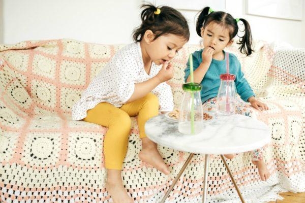 little girls eating