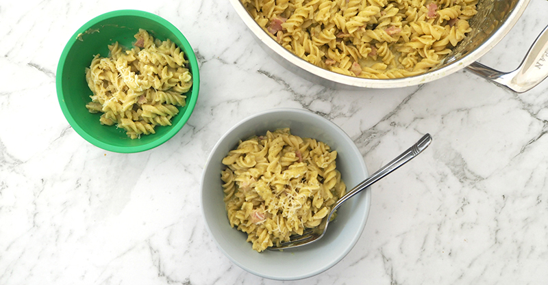 One pot creamy pesto pasta