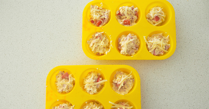 Savoury cheese, ham and tomato muffins