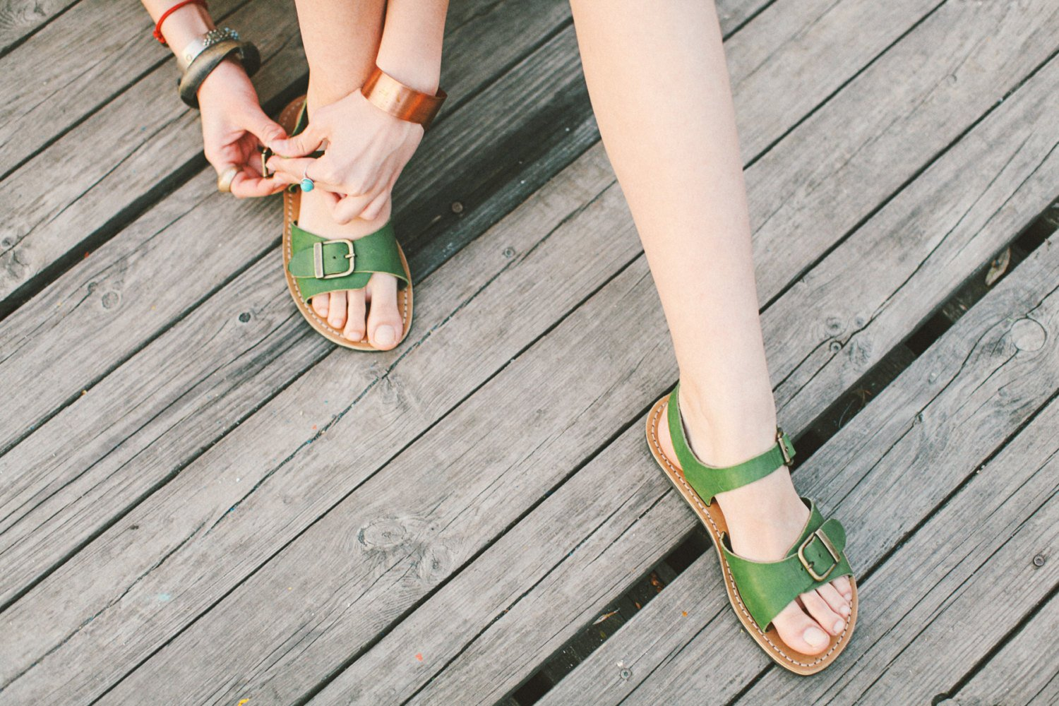 Coupon light green sandals