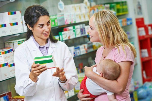 mum with pharmacist