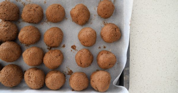 Christmas cheesecake balls step 4