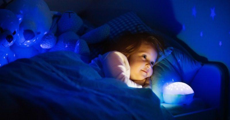 girl night light bed